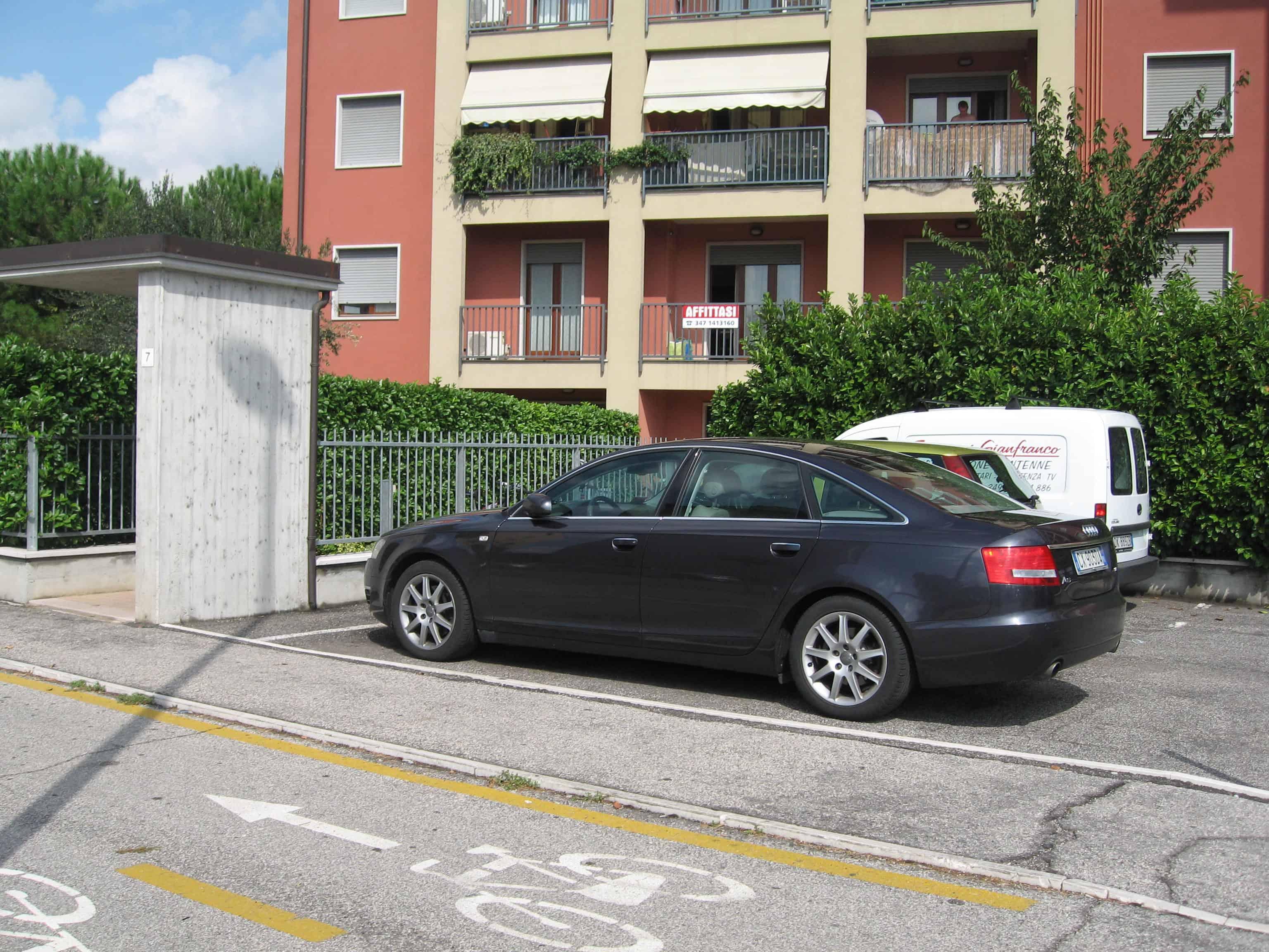 Camera affitto strada Le Grazie Verona - esterno