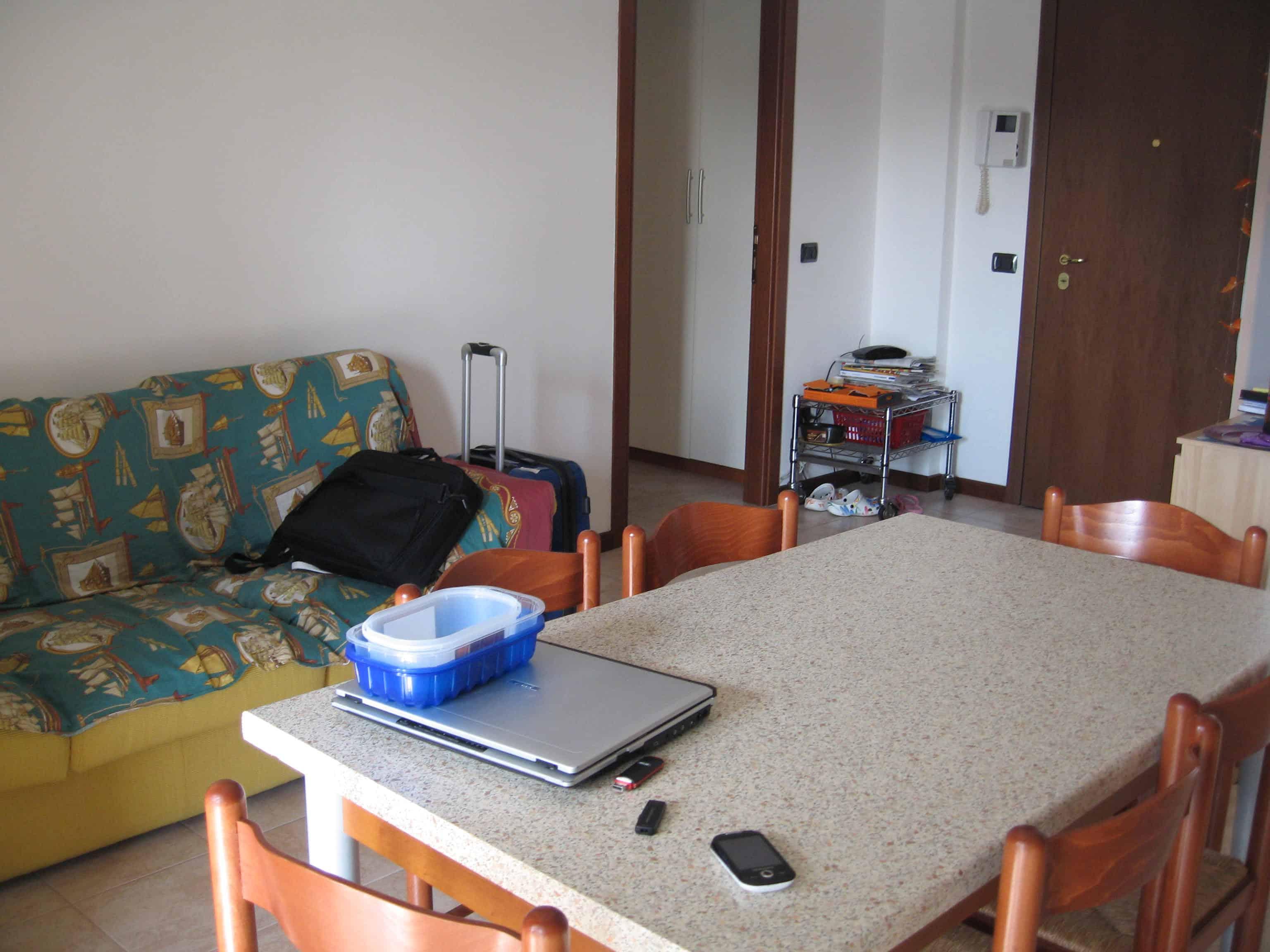 Appartamento per studenti Strada Le Grazie Verona - soggiorno e cucina